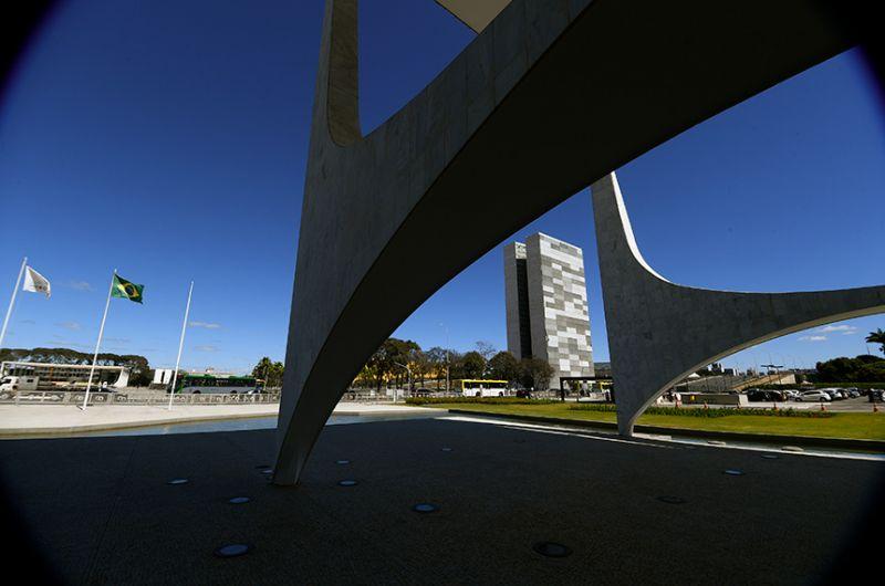 O Orçamento de 2021 entra em vigor nesta sexta-feira (23) - Marcos Oliveira/Agência Senado