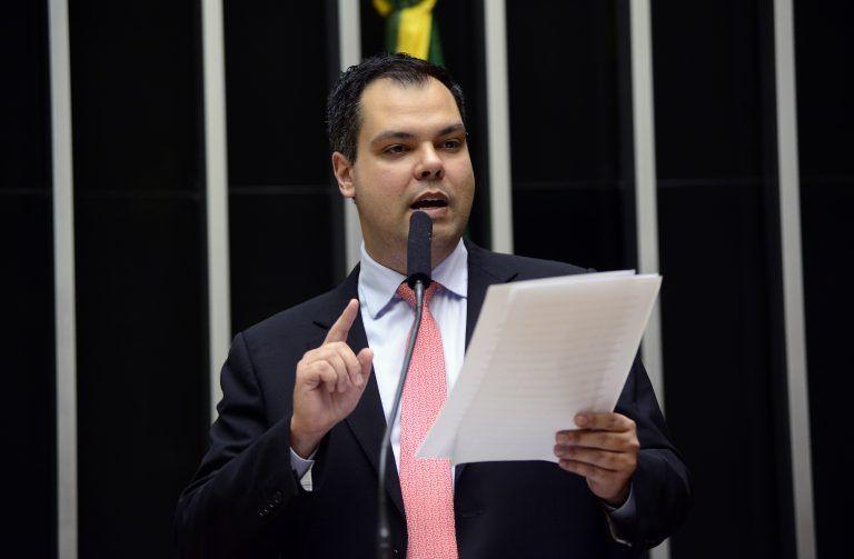 Bruno Covas discursa no Plenário da Câmara enquanto era deputado federal - (Foto: Gustavo Lima / Câmara dos Deputados)