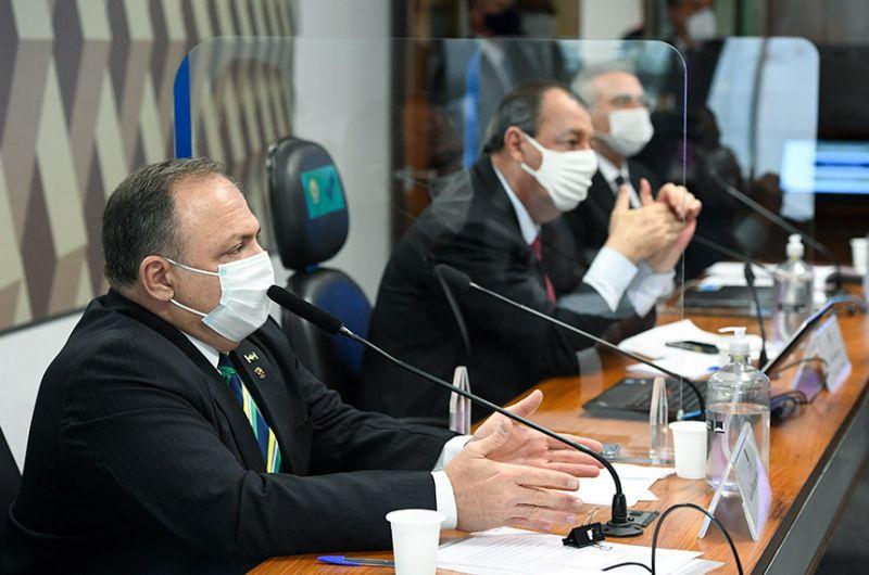 Eduardo Pazuello durante a audiência na CPI da Pandemia nesta quarta-feira - Edilson Rodrigues/Agência Senado